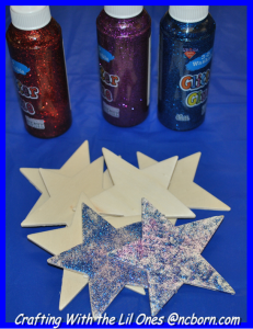 glittered star 1 - crafting w the lil ones